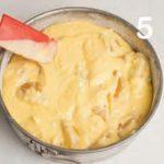 Cheesecake al mascarpone con pesche sciroppate
