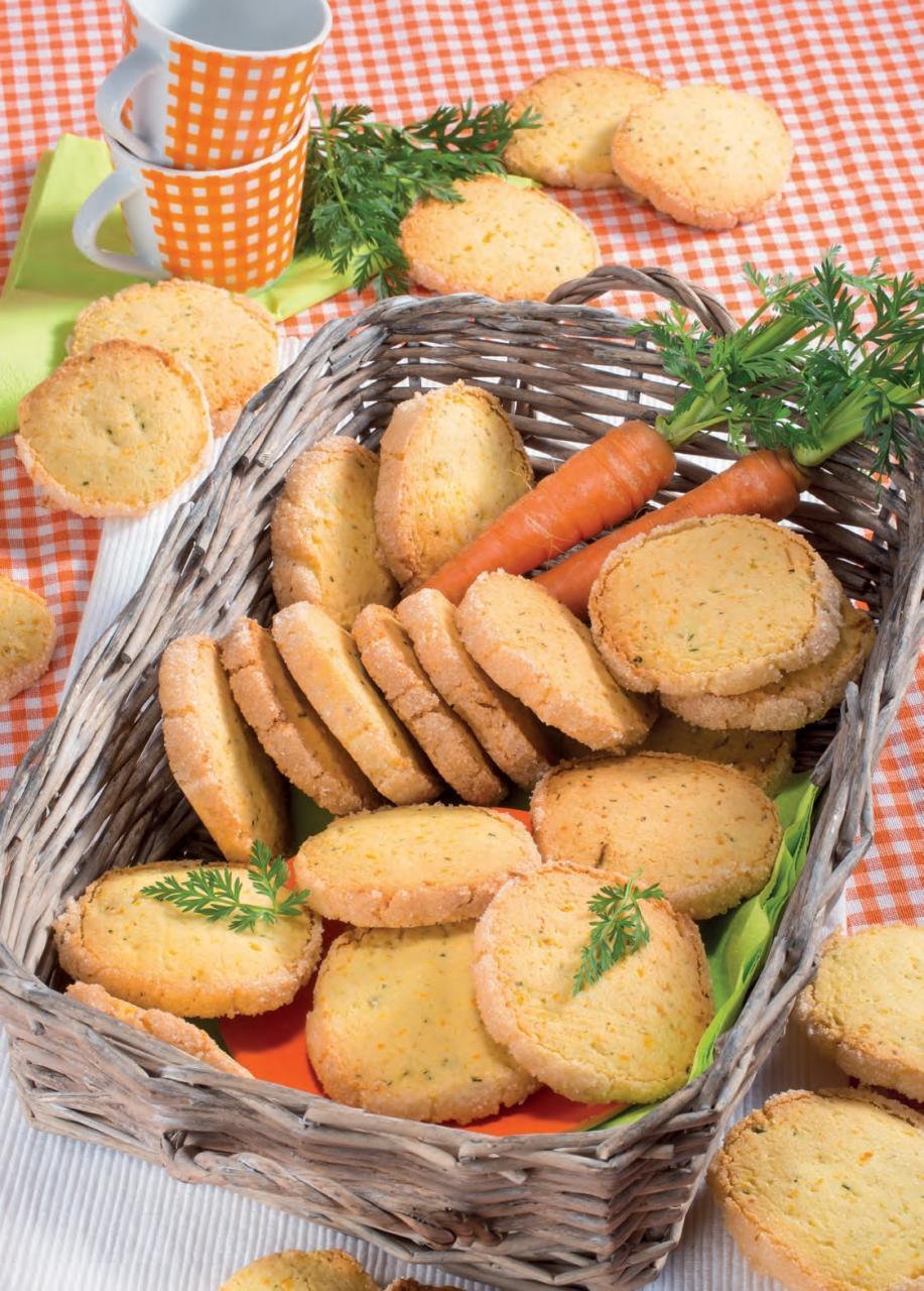 Biscotti ortolani con carote, zucchine e mandorle