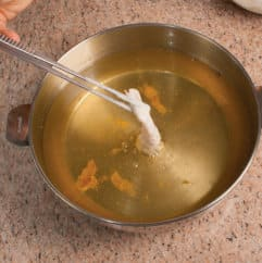 Frittura di pesce (merluzzo, sarde, calamari) con salsa tartara