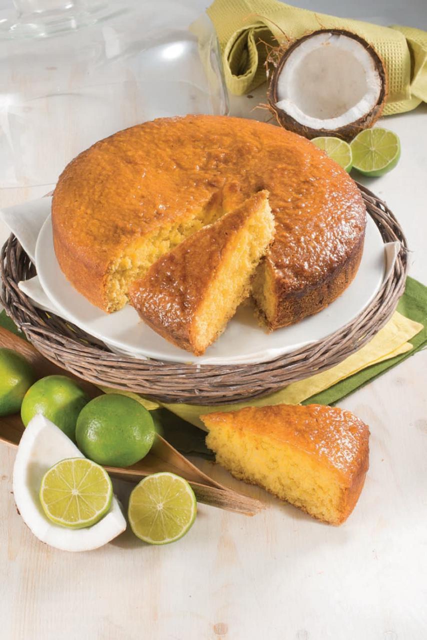 Torta al cocco e panna con sciroppo al lime