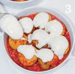 Mini polpette di maiale al pomodoro e besciamella