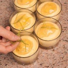 Crema mascarpone e lime con i bon bon colorati