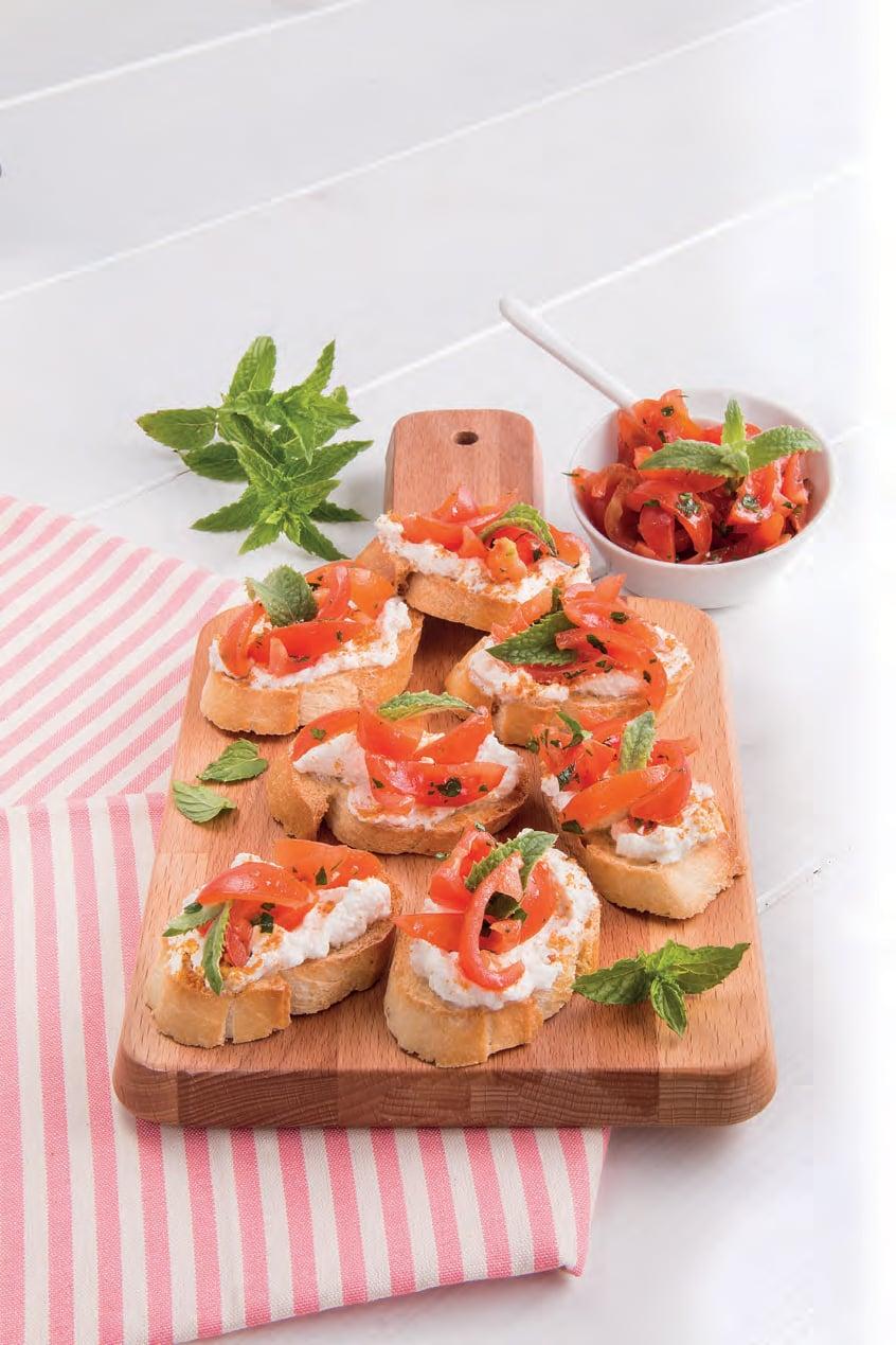 Bruschette con pomodorini alla menta e formaggio alla bottarga