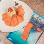 Tortino di insalata russa con salmone affumicato
