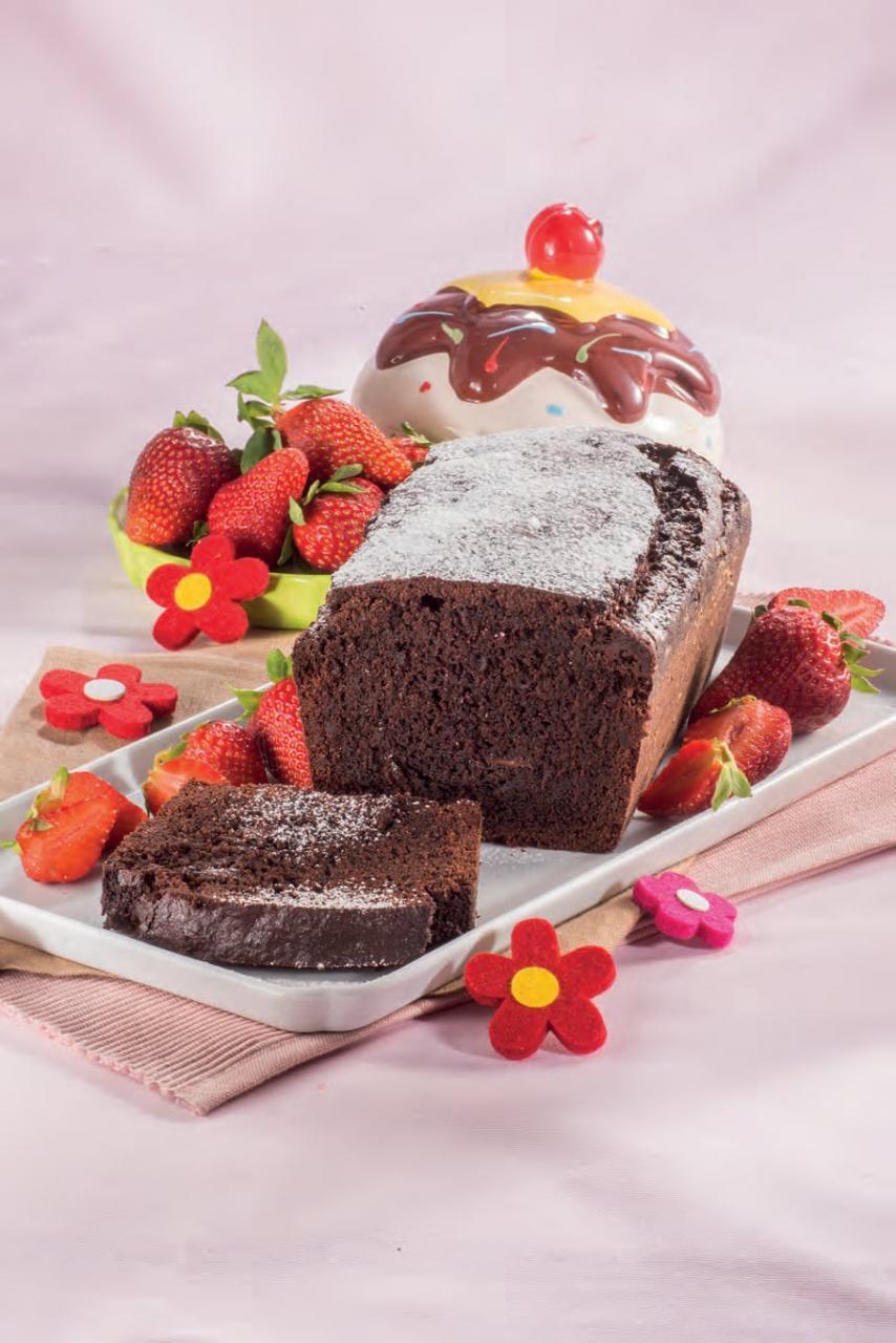 Plum cake alla barbabietola rossa e cioccolato fondente