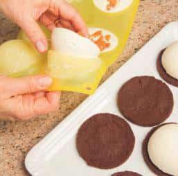 Budini al cioccolato bianco con cuore di papaja