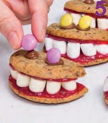 Halloween: le mostruose boccacce fatte con i biscotti alle nocciole