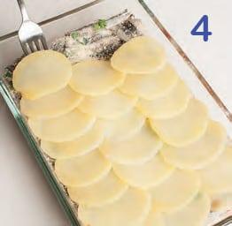 Tortino di patate con alici e pomodorini