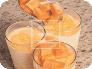 Bicchieri alla papaja: l'aperitivo fresco per l'estate