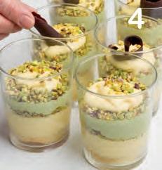 Bicchierini di tiramisù al pistacchio senza glutine