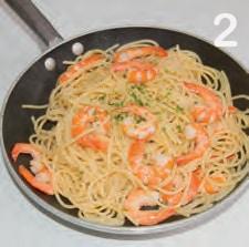Spaghetti con gamberi e timo: un'idea facile per pranzo