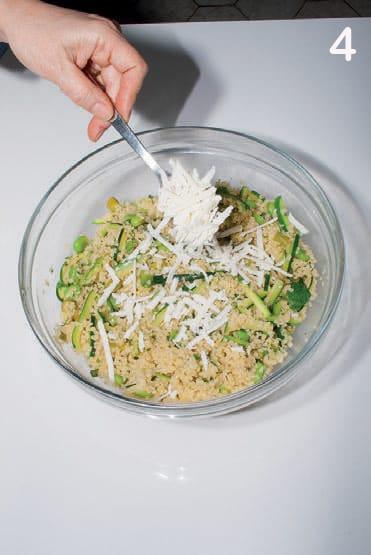 Insalata di burgul con zucchine, asparagi, ricotta e menta