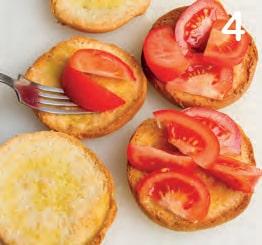 Ricetta delle friselle con pomodoro e basilico
