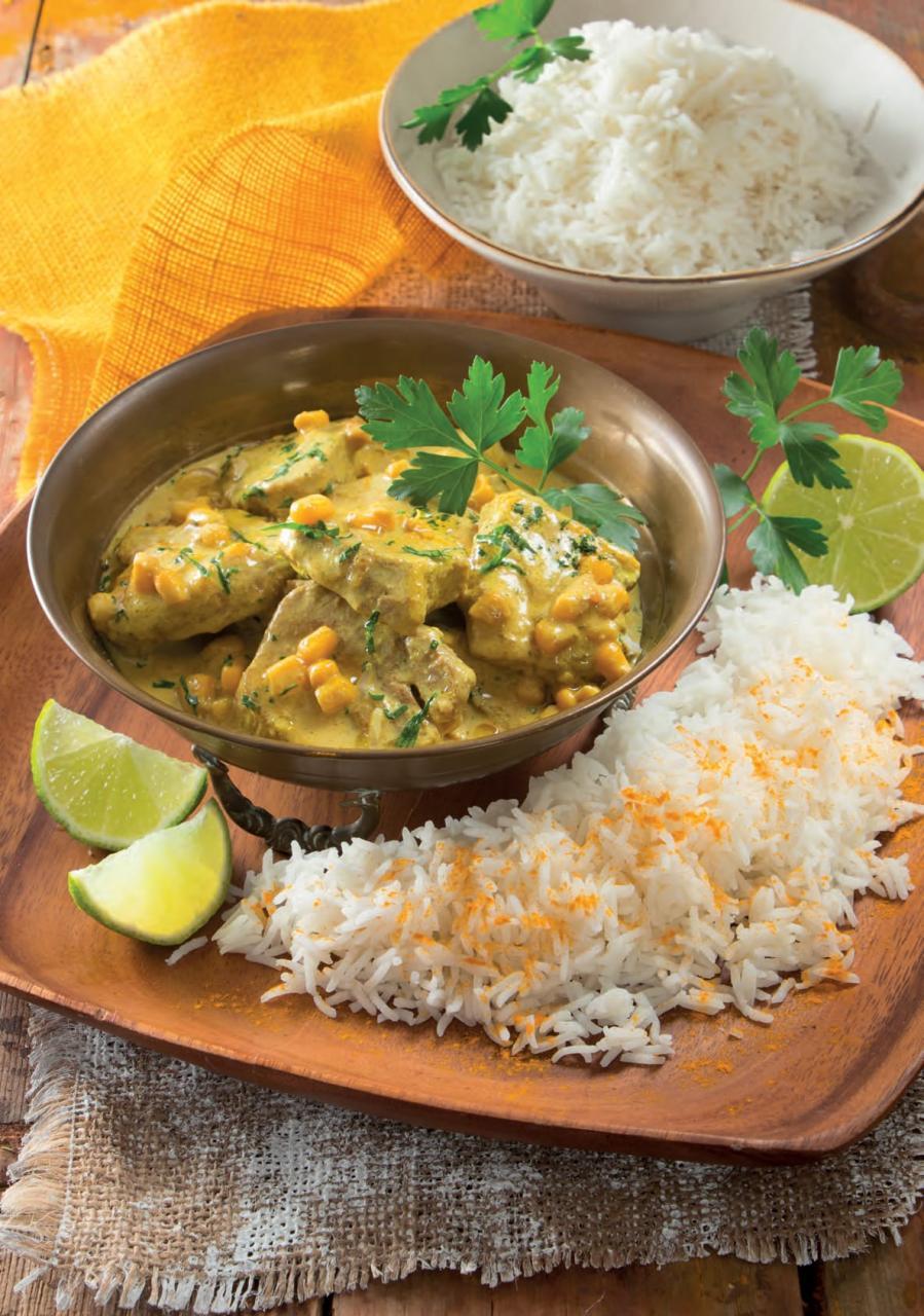 Maiale con curry e latte di cocco alla thailandese