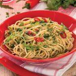 Spaghetti aglio olio e peperoncino con la rucola