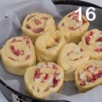 Torta di rose salata con salame e provolone