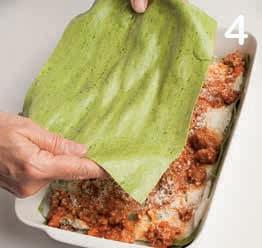 Lasagne verdi con ragù e besciamella: la ricetta illustrata