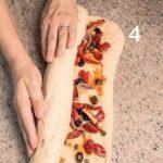 Pane di kamut con acciughe, peperoncino e pomodori secchi