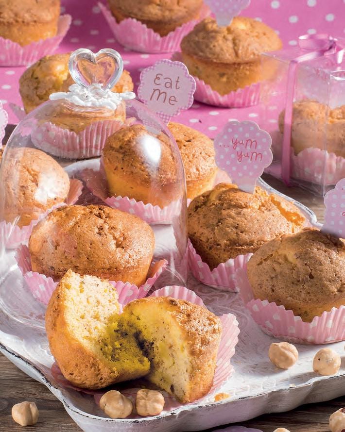 Muffin con pera e nocciole: ricetta facilissima