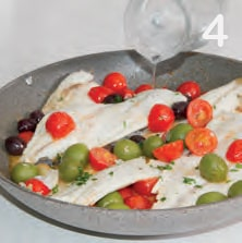Filetti di orata con olive miste e pomodorini