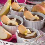 Budini di pere e cioccolato con zucchero di canna