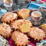 Mini plum cake con mandorle e vaniglia: un dolce buongiorno