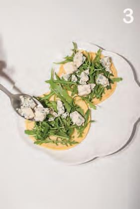 Frittatine saporite con rucola e gorgonzola piccante