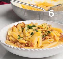 Pasta alla carbonara con speck Alto Adige