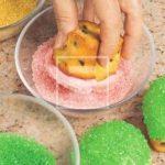 Cupcakes palloncini con glassa e zuccherini: ricetta per una festa coloratissima!