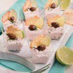 Mousse di salmone al bicchiere con i cracker: la ricetta