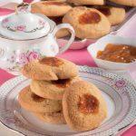 Golosetti farciti: i biscotti con zucchero di canna e marmellata