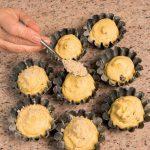 Muffin autunnali con castagne e mirtilli: ricetta illustrata