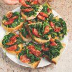 Bruschette paesane con cime di rapa e salame piccante