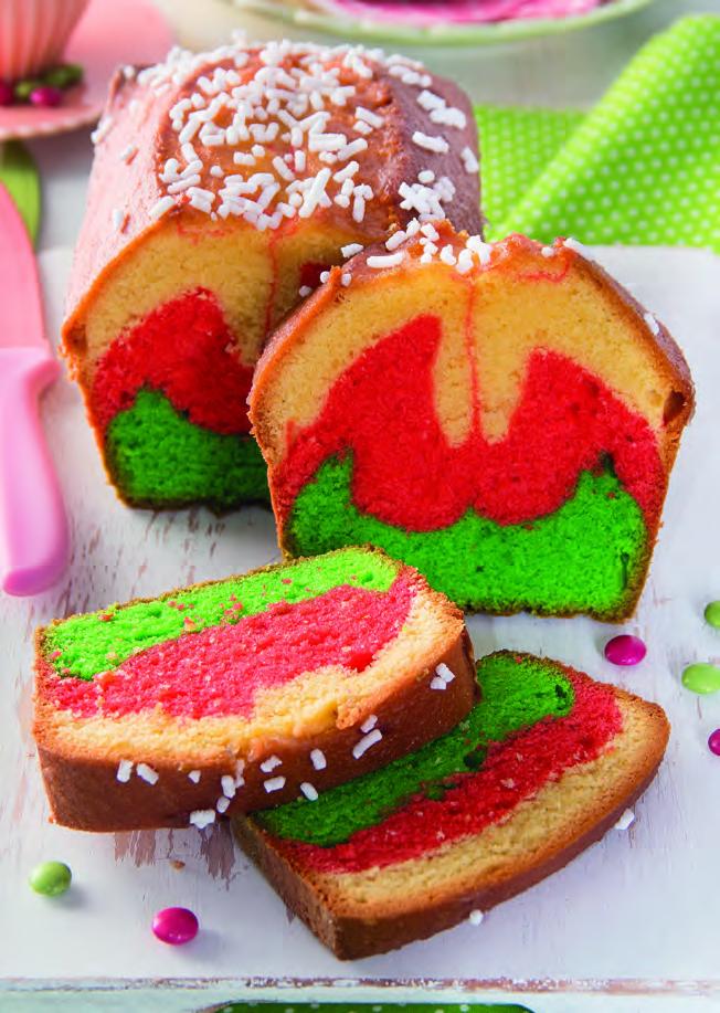 Plum cake arcobaleno con granella di zucchero
