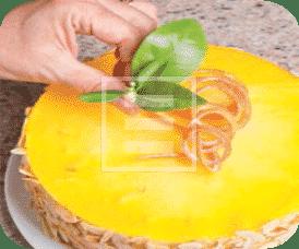 Torta degli Angeli: mandorle e arancia, il mix perfetto per Natale