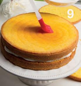 Victoria sponge cake con farcia al mascarpone e frutti rossi