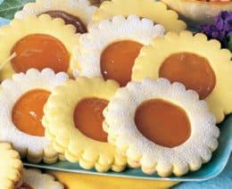 Frollini alla marmellata: ecco la ricetta dei biscotti girasole
