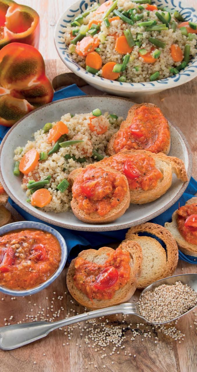 Insalata di quinoa e bruschette con salsa Romescu