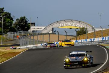 #93 PROTON COMPETITION (DEU) Category : LM GTE Am Cars : PORSCHE 911 RSR (991) Tyres : DUNLOP Drivers : Patrick LONG (USA) Abdulaziz Turki AL FAISAL (SAU) Michael HEDLUND (USA) Christian RIED (DEU)