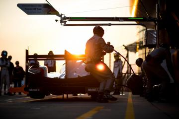 Set Up - Pitstop practice - sunset - #2 PORSCHE TEAM / DEU / Porsche 919 Hybrid - Hybrid - WEC 6 Hours of Shanghai - Shanghai International Circuit - Shanghai - China