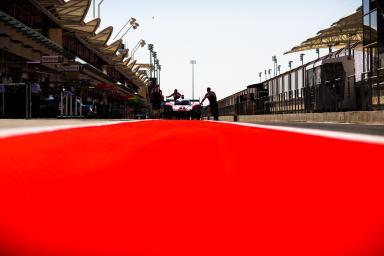 Set Up - Porsche LMP1 Coming back from Scrutineering - #1 PORSCHE TEAM / DEU / Porsche 919 Hybrid - Hybrid - WEC 6 Hours of Bahrain - Bahrain International Circuit - Sakhir - Bahrain