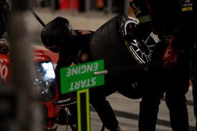 Pit stop #24 CEFC MANOR TRS RACING / CHN / Oreca 07 - Gibson - WEC 6 Hours of Bahrain - Bahrain International Circuit - Sakhir - Bahrain