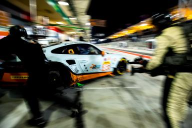 #86 GULF RACING / GBR / Porsche 911 RSR (991) - WEC 6 Hours of Bahrain - Bahrain International Circuit - Sakhir - Bahrain