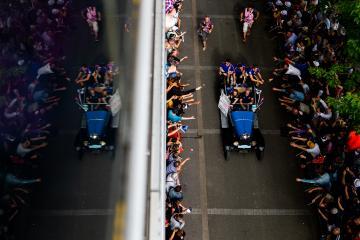 Drivers parade -  #86 GULF RACING / GBR / Porsche 911 RSR (991) -24 hours of Le Mans  - Circuit de la Sarthe - Le Mans - France -