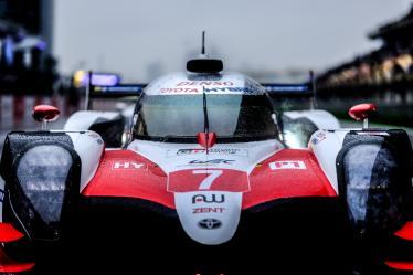 Red flag, #7 TOYOTA GAZOO RACING / JPN / Toyota TS050 - Hybrid - Hybrid -6 hours of Shanghai - Shanghai International Circuit - Shanghai Shi - China -