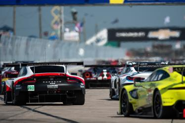 Start of the 1000 Miles of Sebring -#92 PORSCHE GT TEAM / DEU / Porsche 911 RSR -1000 Miles of Sebring - Sebring international Raceway - Sebring - Florida - United States of America -