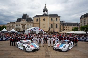 #93 PORSCHE GT TEAM / USA / Porsche 911 RSR / Patrick Pilet (FRA) / Nick Tandy (GBR) / Earl Bamber (NZL) -  #94 PORSCHE GT TEAM / USA / Porsche 911 RSR / Mathieu Jaminet (FRA) / Dennis Olsen (NOR) / Sven Muller (DEU) -  24 hours of Le Mans - Circuit de la Sarthe - Le Mans - France -