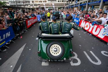 Parade - #97 ASTON MARTIN RACING / GBR / Aston Martin Vantage / Jonathan Adam (GBR) / Alex Lynn (GBR) / Maxime Martin (BEL) - 24 hours of Le Mans - Circuit de la Sarthe - Le Mans - France -