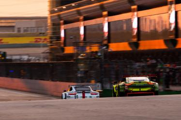 #97 ASTON MARTIN RACING / GBR / Aston Martin Vantage AMR -#91 PORSCHE GT TEAM / DEU / Porsche 911 RSR - - 4 Hours of Shanghai - Shanghai International Circuit - Shanghai - China