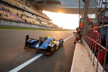 Mechanic -#51 AF CORSE / ITA -- 4 Hours of Shanghai - Shanghai International Circuit - Shanghai - China